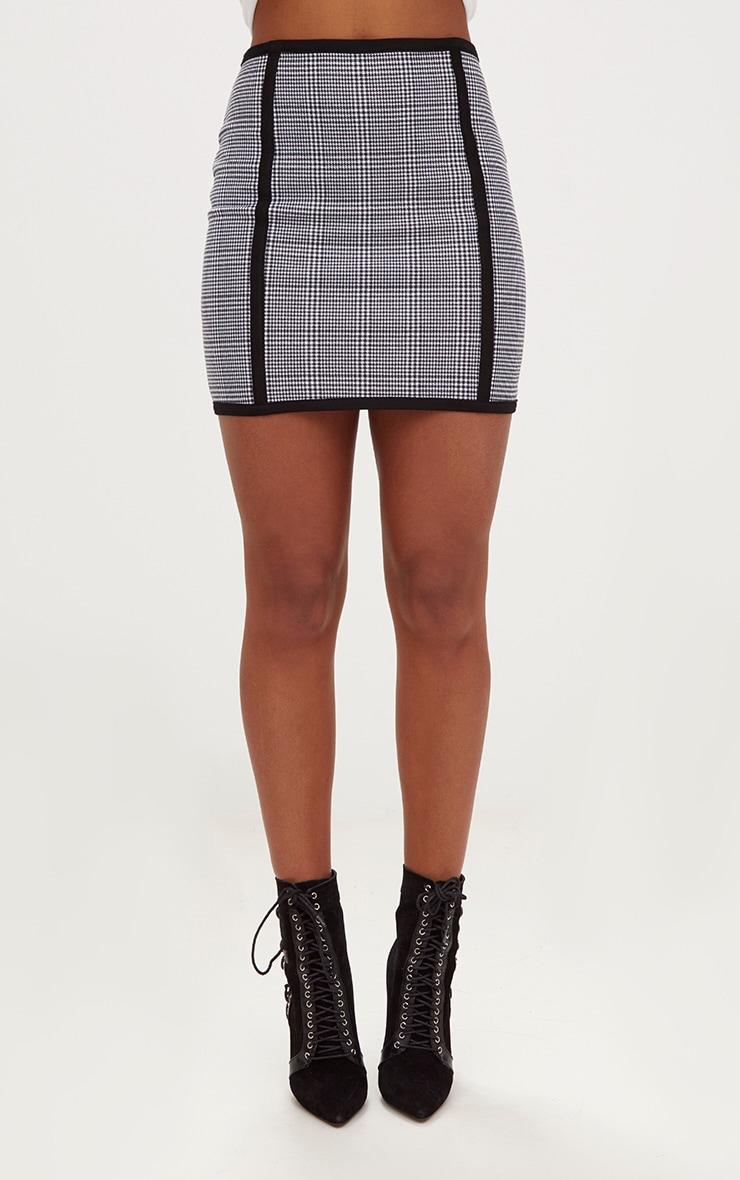 Black Dogtooth Front Seam Mini Skirt 2