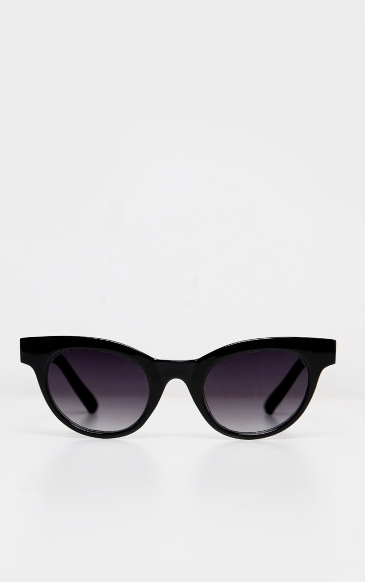 Black Large Frame Sunglasses 2