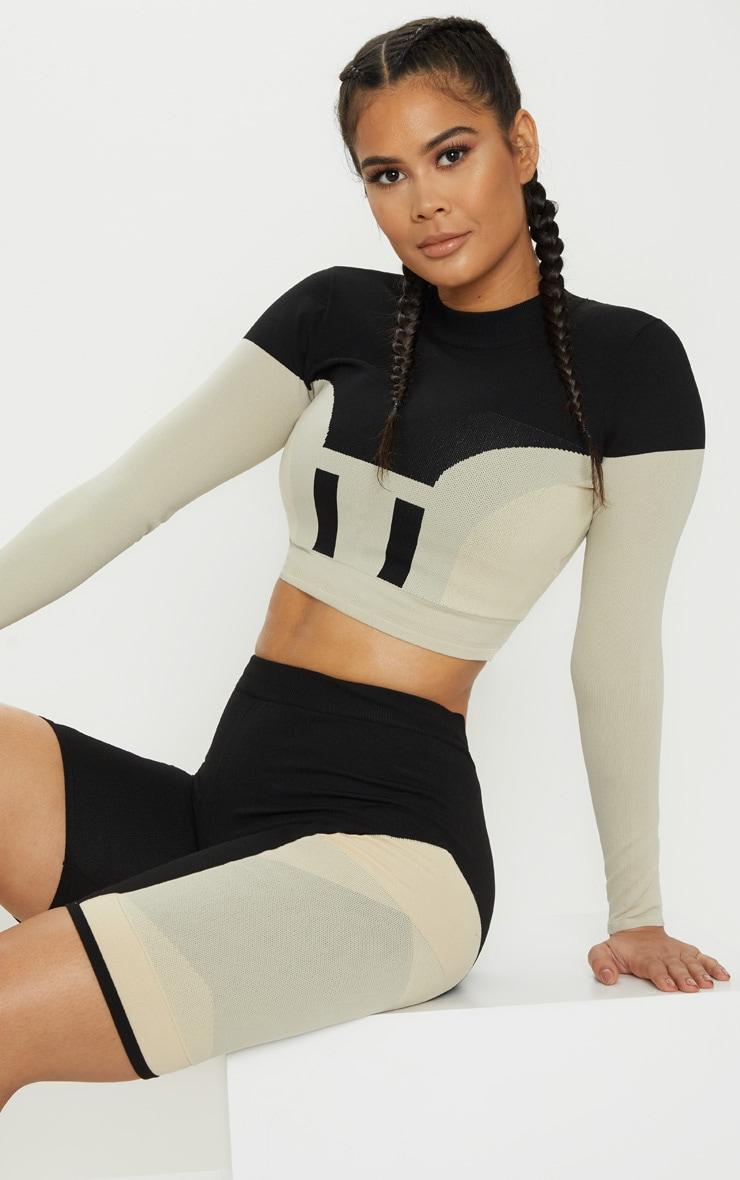 Stone Seamless Knit Panelled Longsleeve Gym Top 1