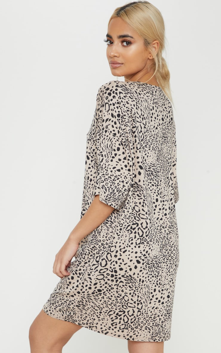 Petite Leopard Print Oversized T Shirt Dress 2