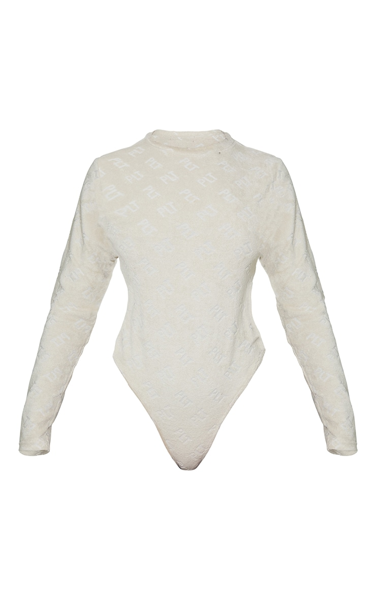 PRETTYLITTLETHING Stone Embossed Towelling Long Sleeve Bodysuit 6