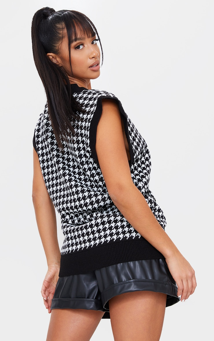 Petite Black Dogtooth V Neck Sleeveless Jumper 2