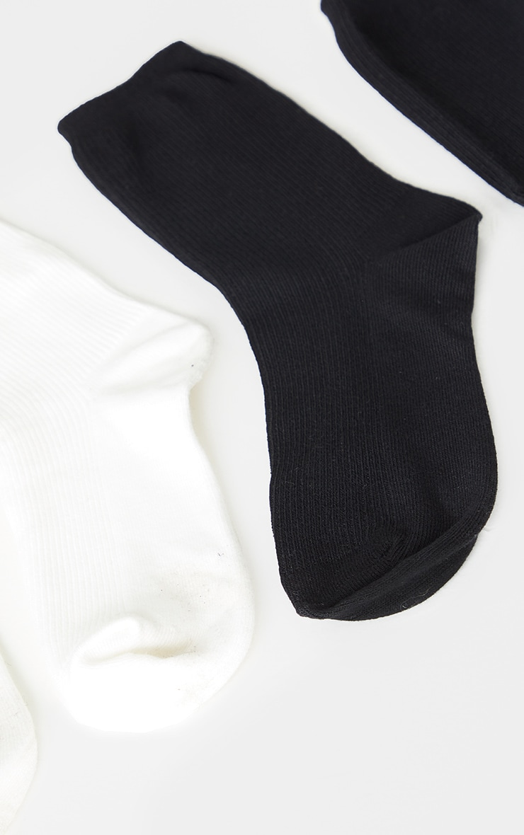 Black and White Two Pack Sports Socks 5