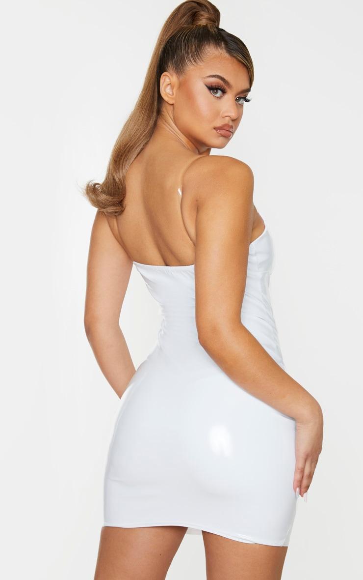 Robe moulante en vinyle blanc à bretelles transparentes 2