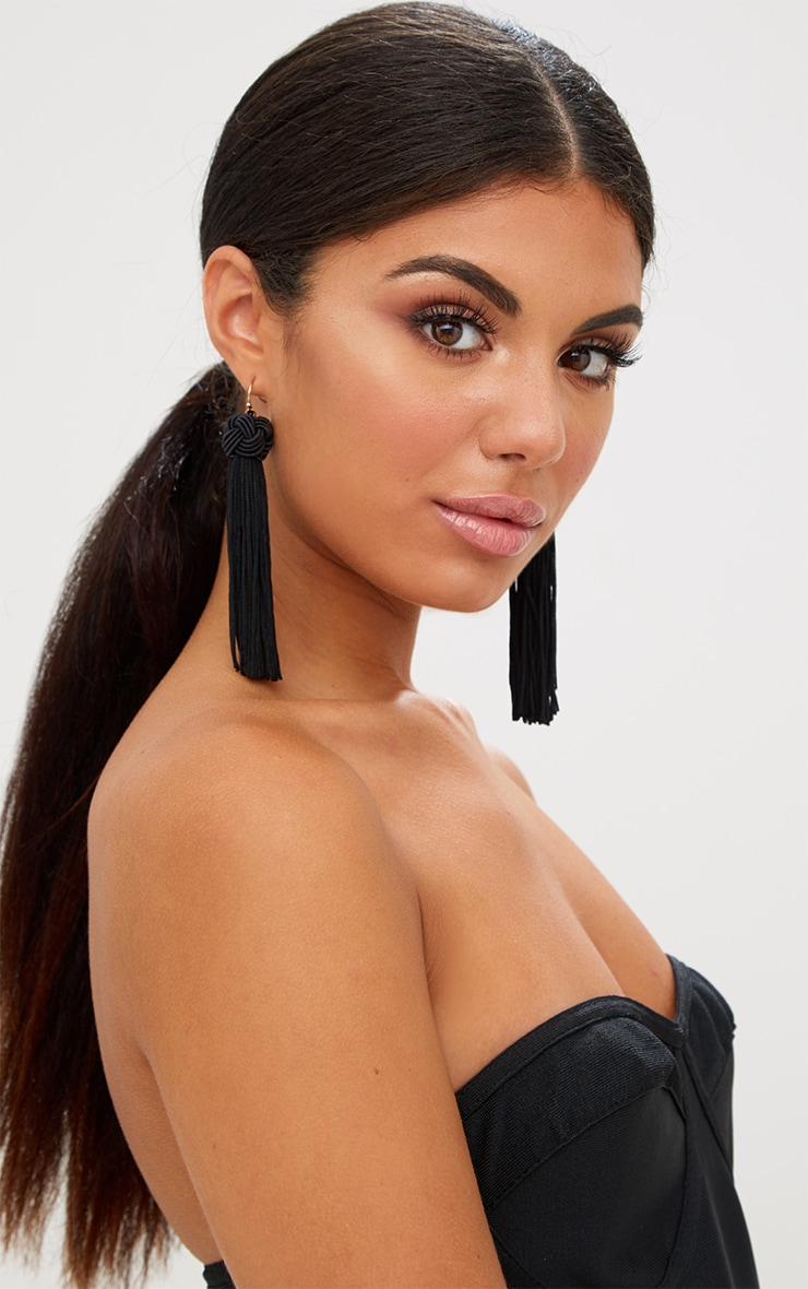 Black Knotted Tassel Earrings 2