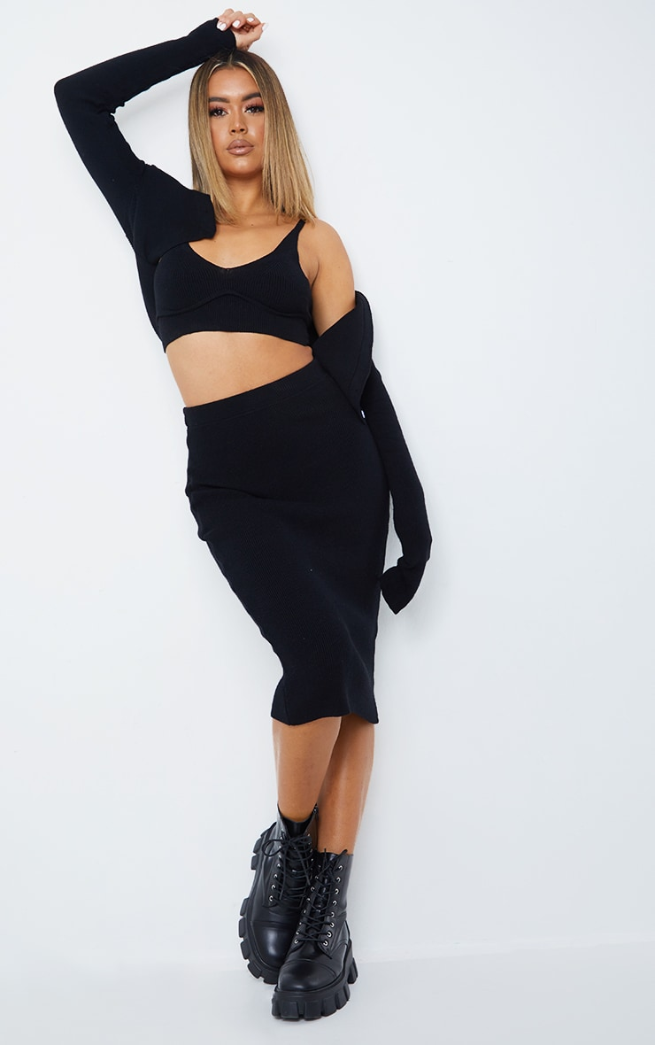 Black Bust Detail Ribbed Knitted Cropped Top 3