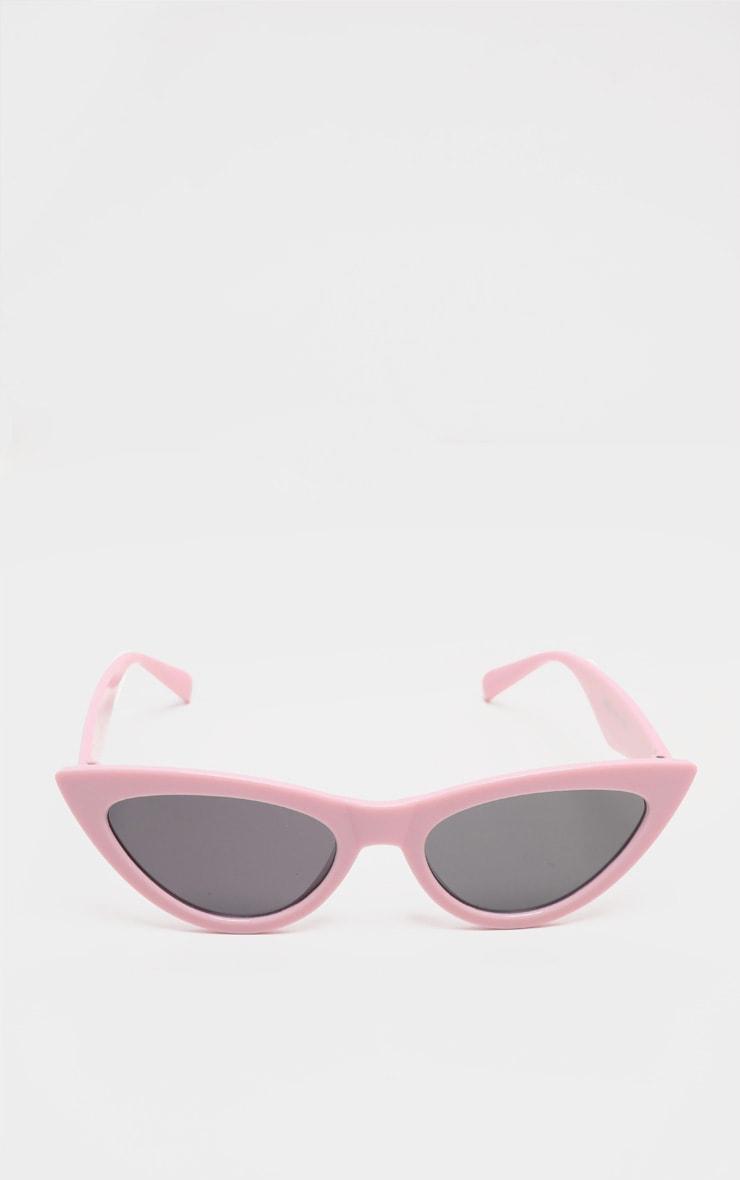 نظارات شمسية كلاسيكية بلون وردي باهت على شكل عين القطة 2