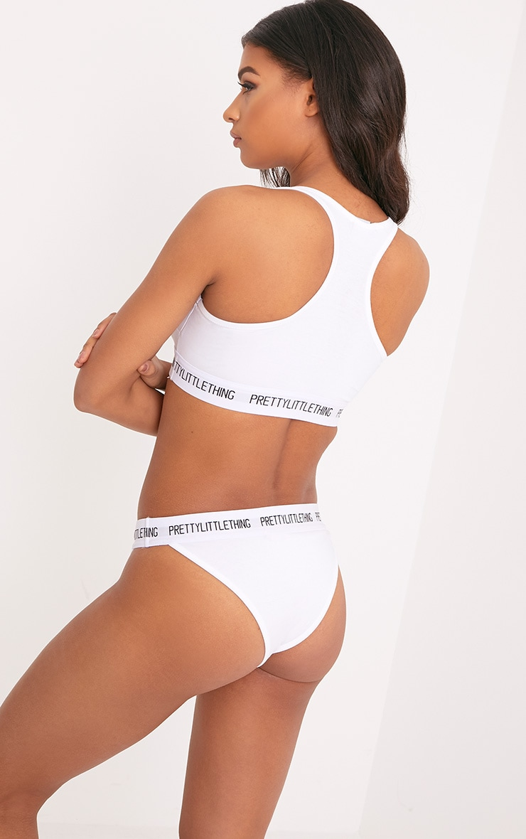 PRETTYLITTLETHING White Sports Bra 3
