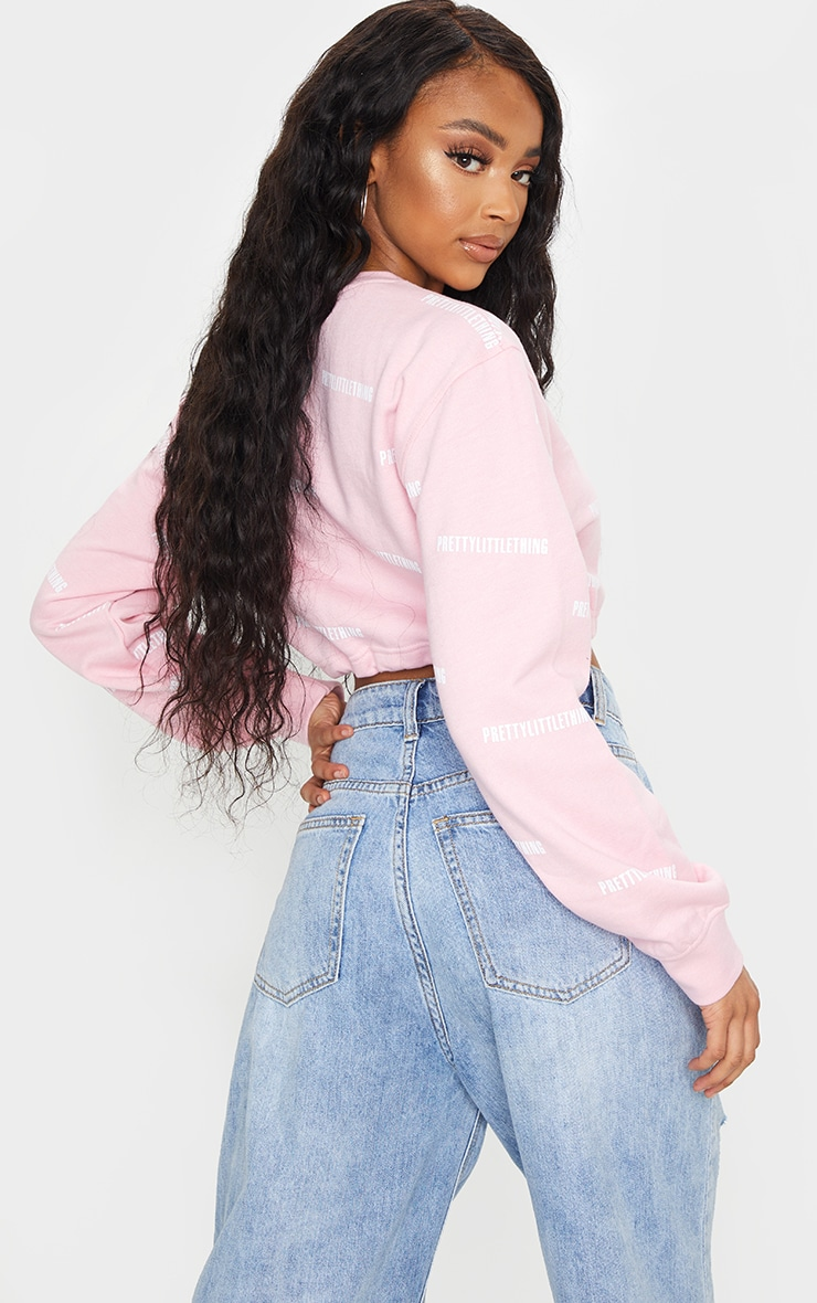 PRETTYLITTLETHING Baby Pink Printed Oversized Crop Sweatshirt 2