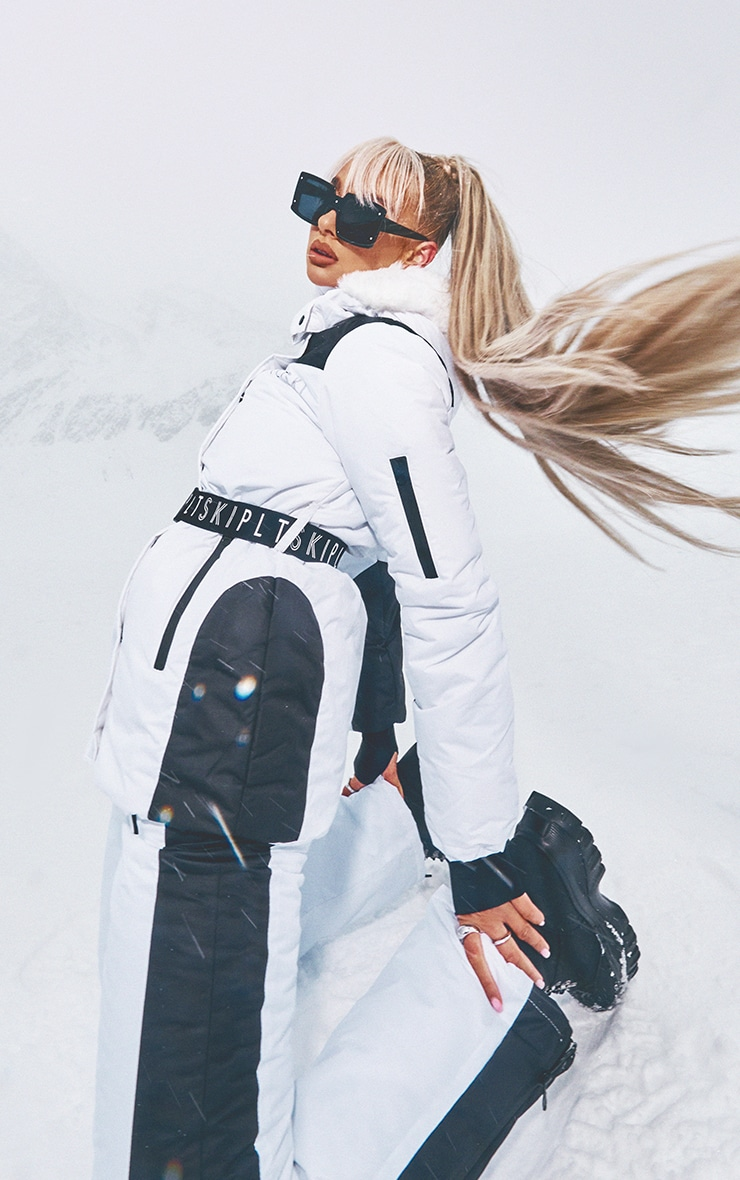 PRETTYLITTLETHING Ski White And Black Fit And Flare Ski Pants 1