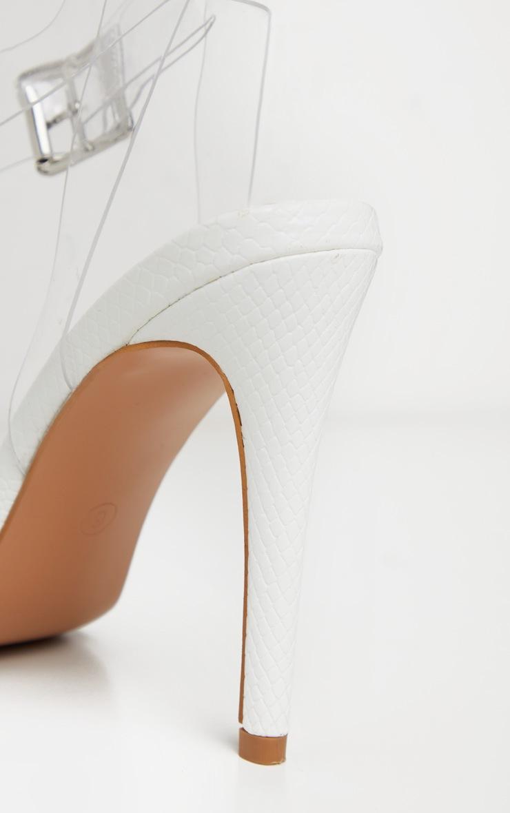 Sandales blanches effet serpent à bride transparente et bout carré 4