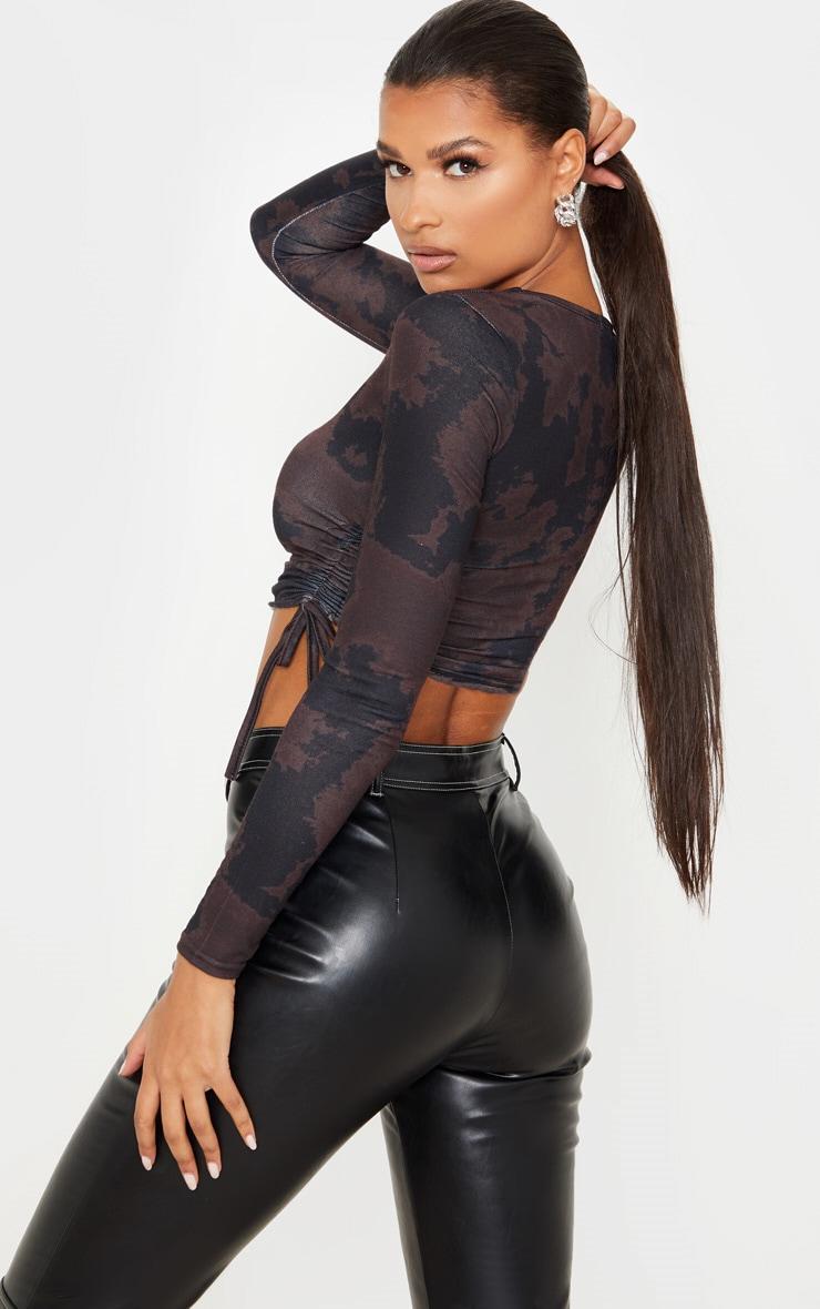 Top à manches longues en jersey noir imprimé tie & dye et côtés froncés 2