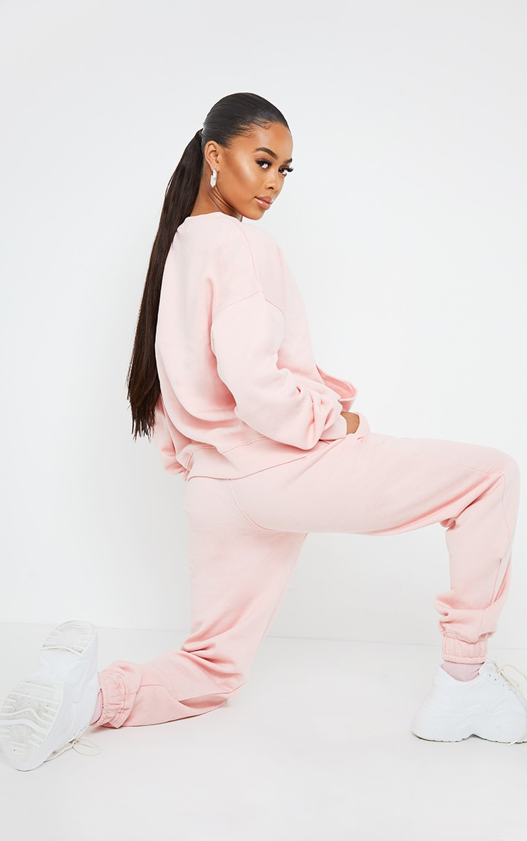 PRETTYLITTLETHING Light Pink Oversized Graphic Print Pocket Front Sweater 2