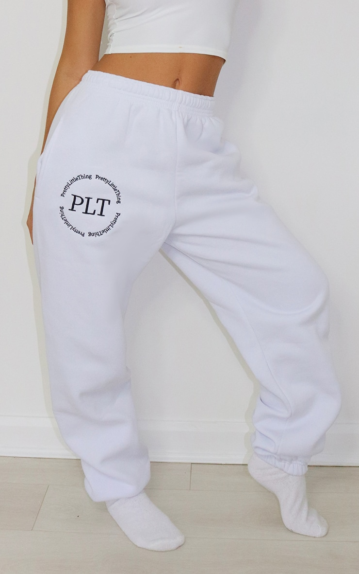 PRETTYLITTLETHING White Circle logo Embroided Detail Joggers 2