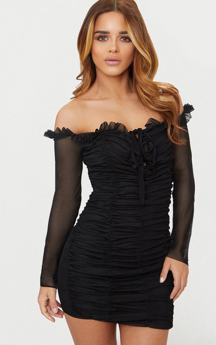 Petite robe moulante bardot froncée noire 1