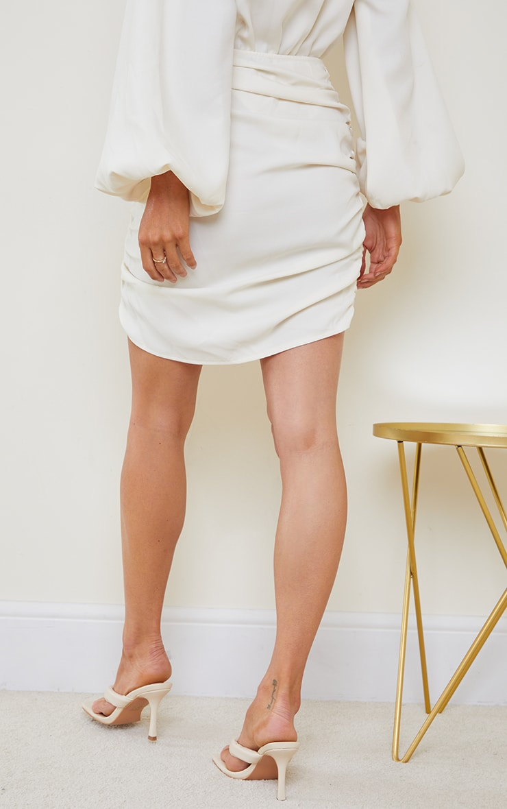 Cream Woven Ruched Seam Front Mini Skirt 4