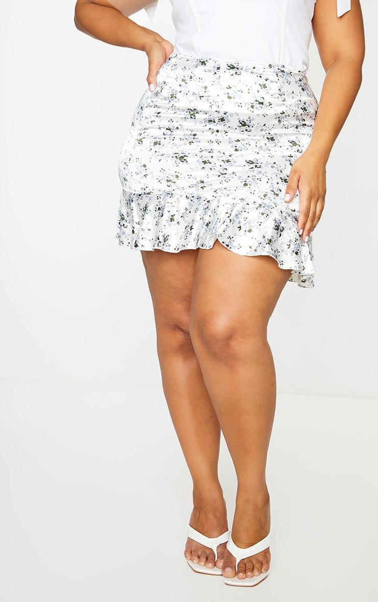 Plus White Floral Print Satin Frill Hem Mini Skirt 2