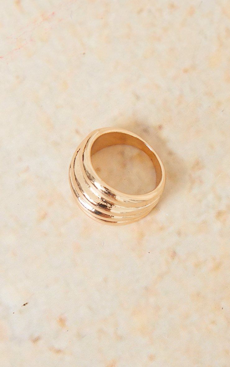 Gold Multi Ribbed Ring 2