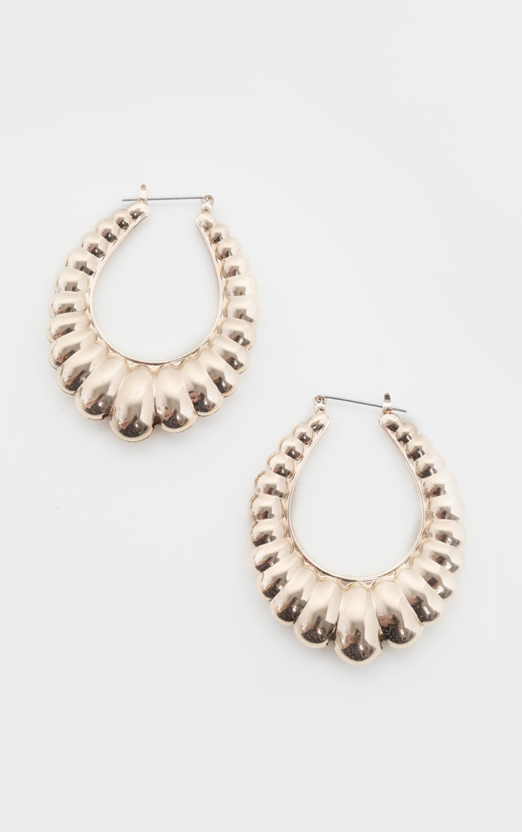 Gold Oval Shell Chunky Earrings 2