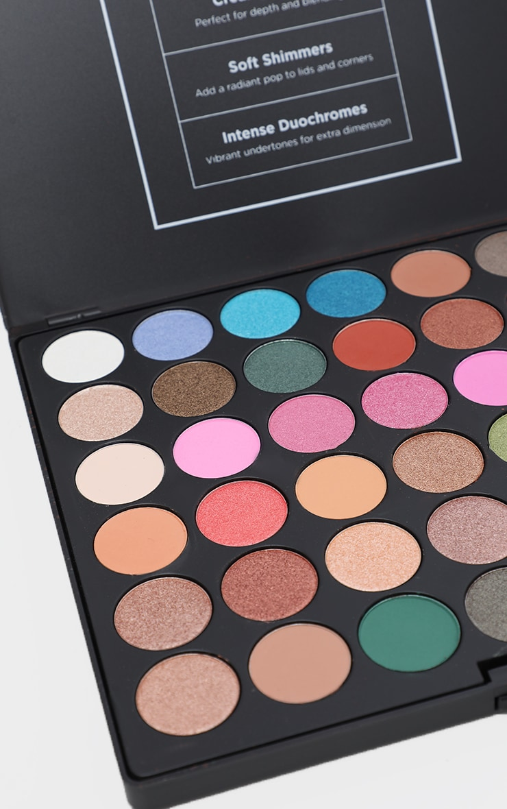 BH Cosmetics Ultimate Artistry 42 Colour Eyeshadow Palette 2