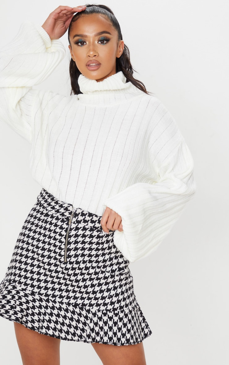 Petite Cream Flippy Hem Dogtooth Zip Mini Skirt 1
