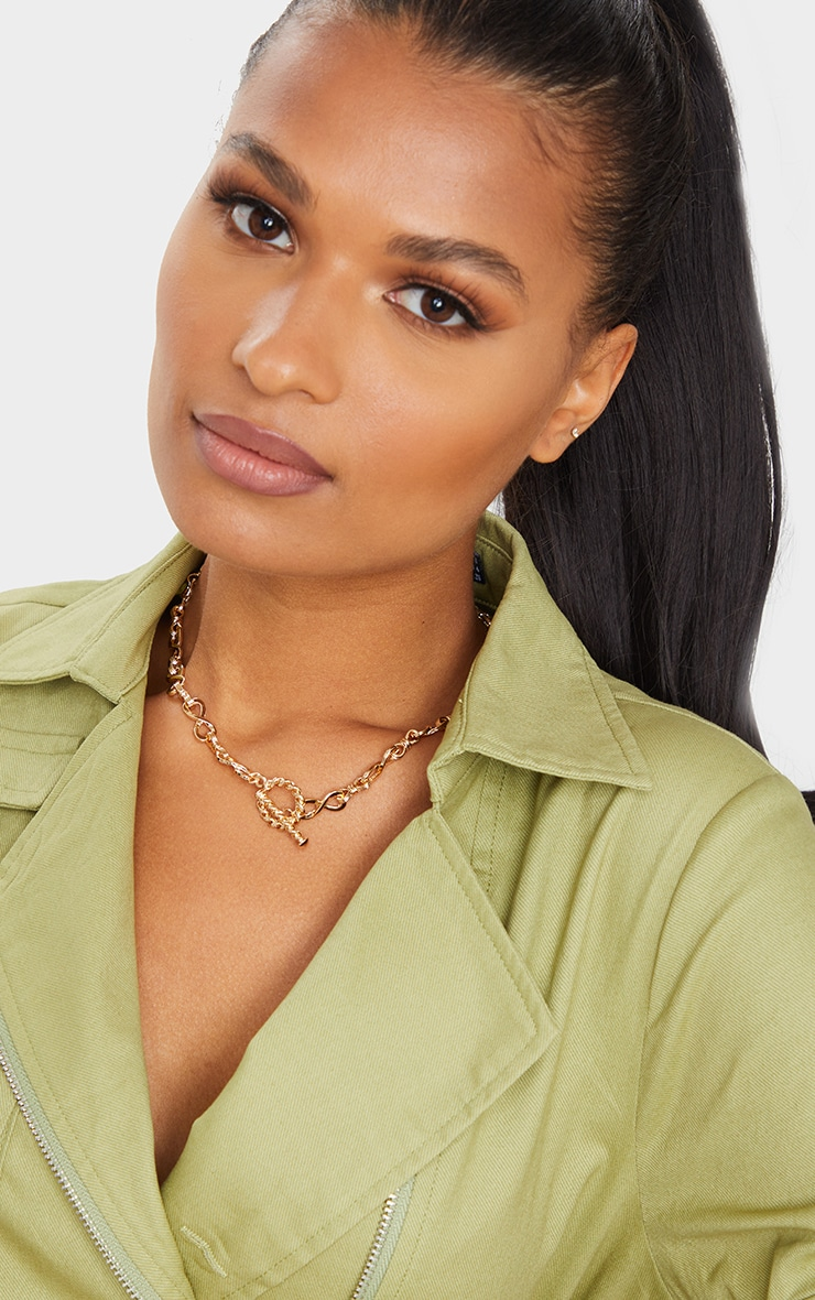 Gold Infinity Chain Short Necklace 1