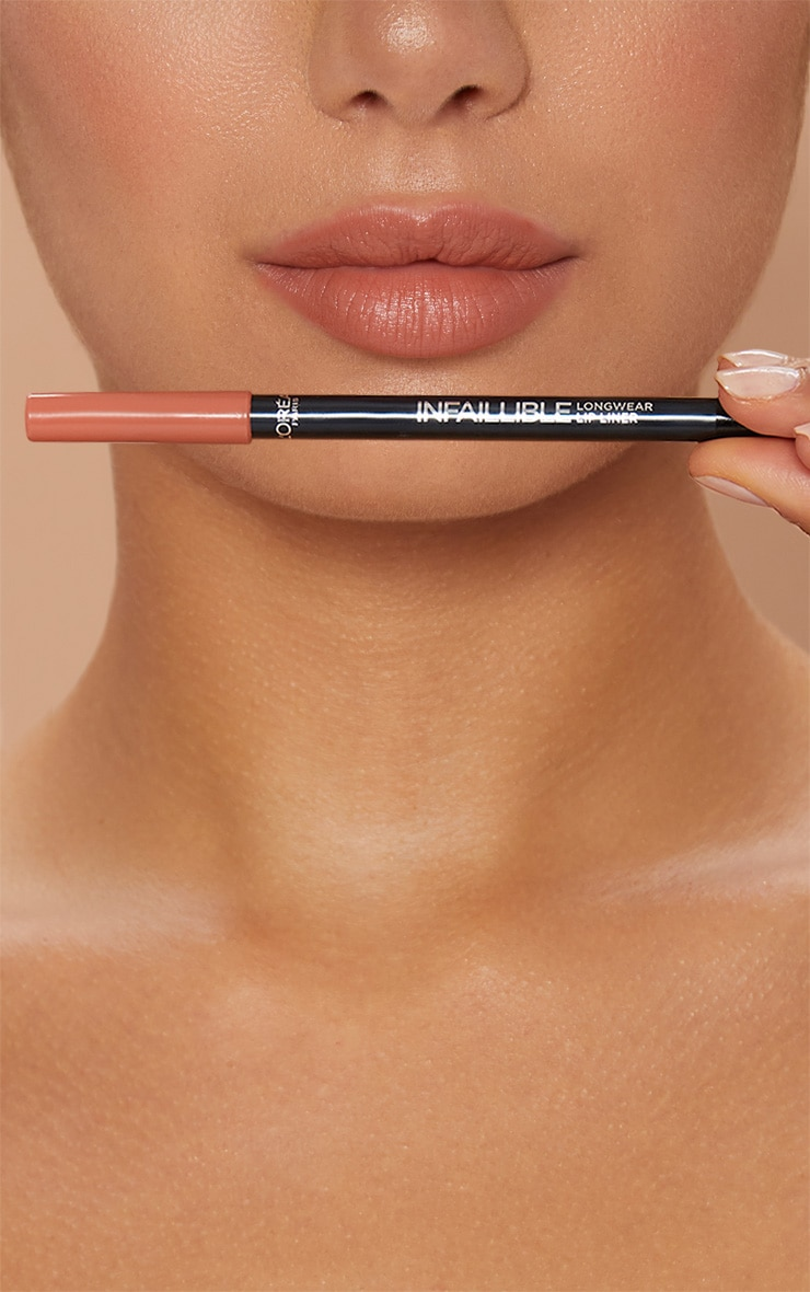 L'Oréal Paris Infallible Lip Liner Gone with the Nude 3