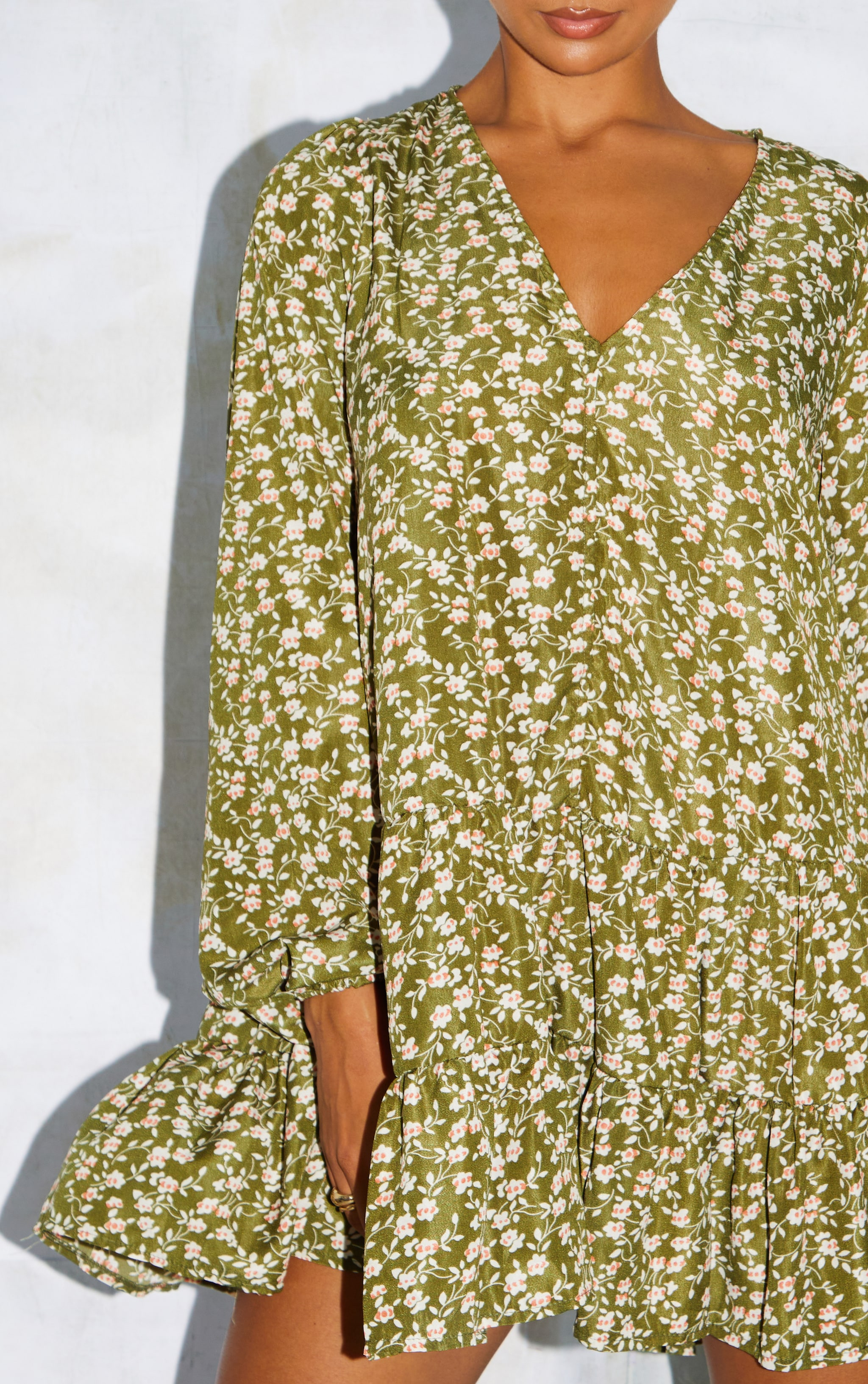 Green Print V Neck Tiered Balloon Sleeve Smock Dress 4