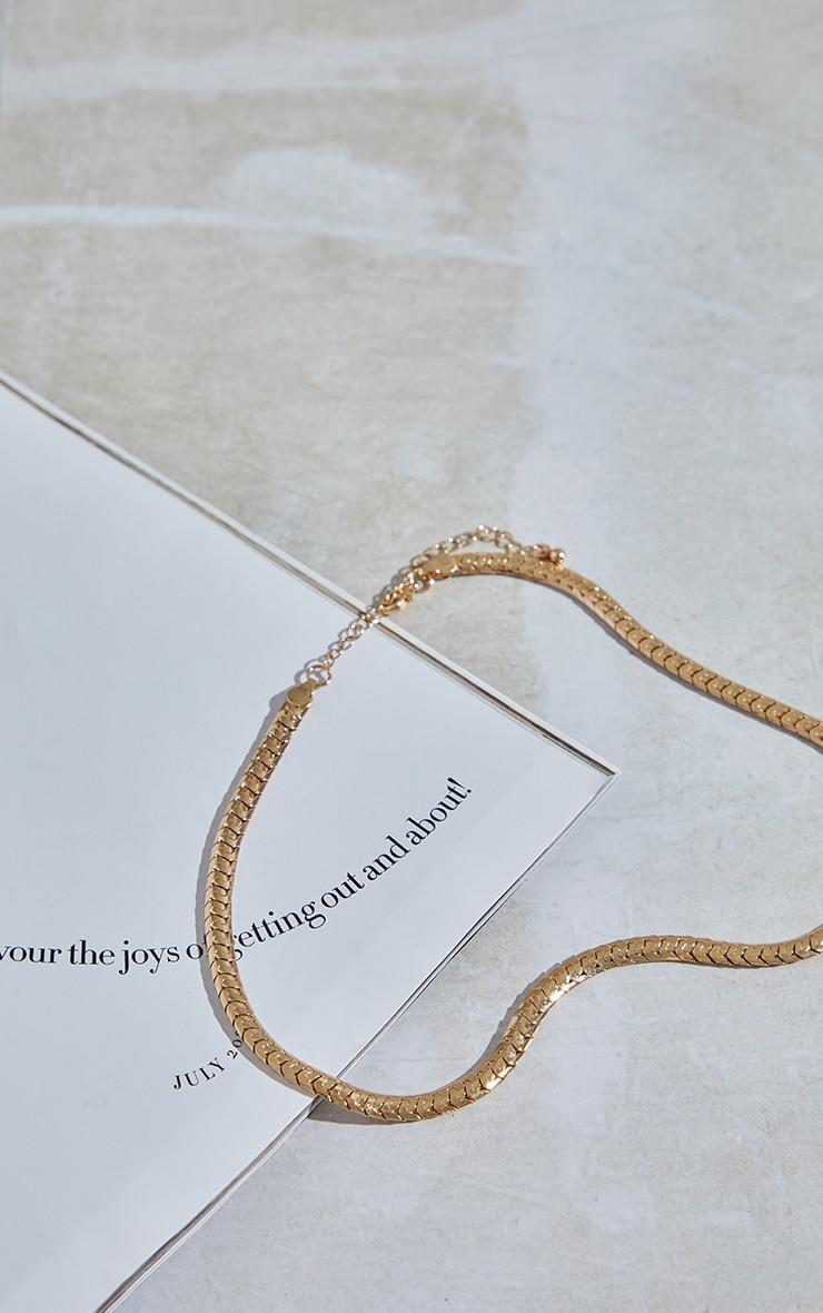 Gold Thick Chain Necklace 3