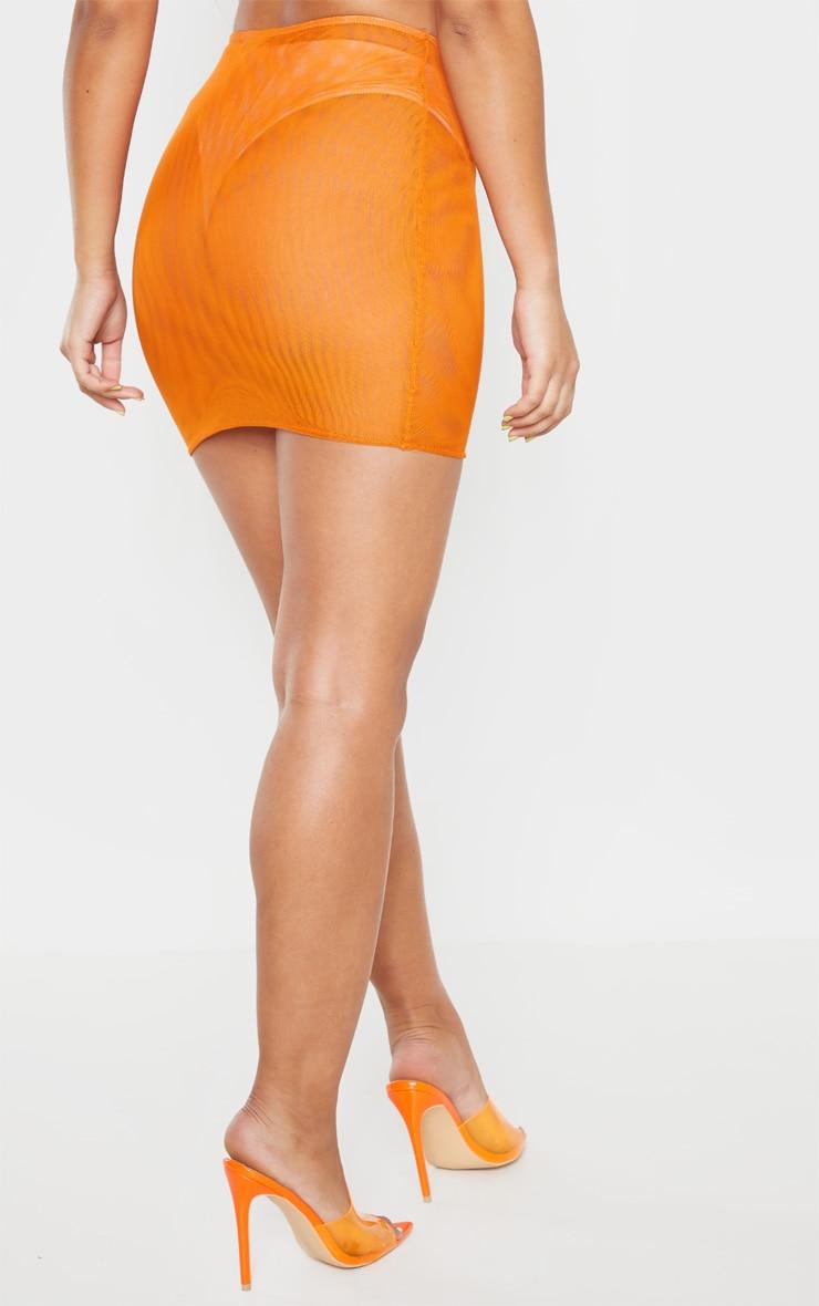 Mini-jupe en mesh orange fluo  4
