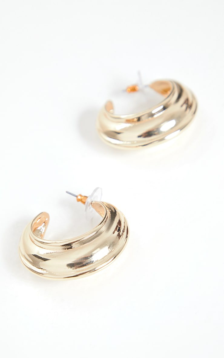Gold Chunky Ribbed Hoop Earrings 3