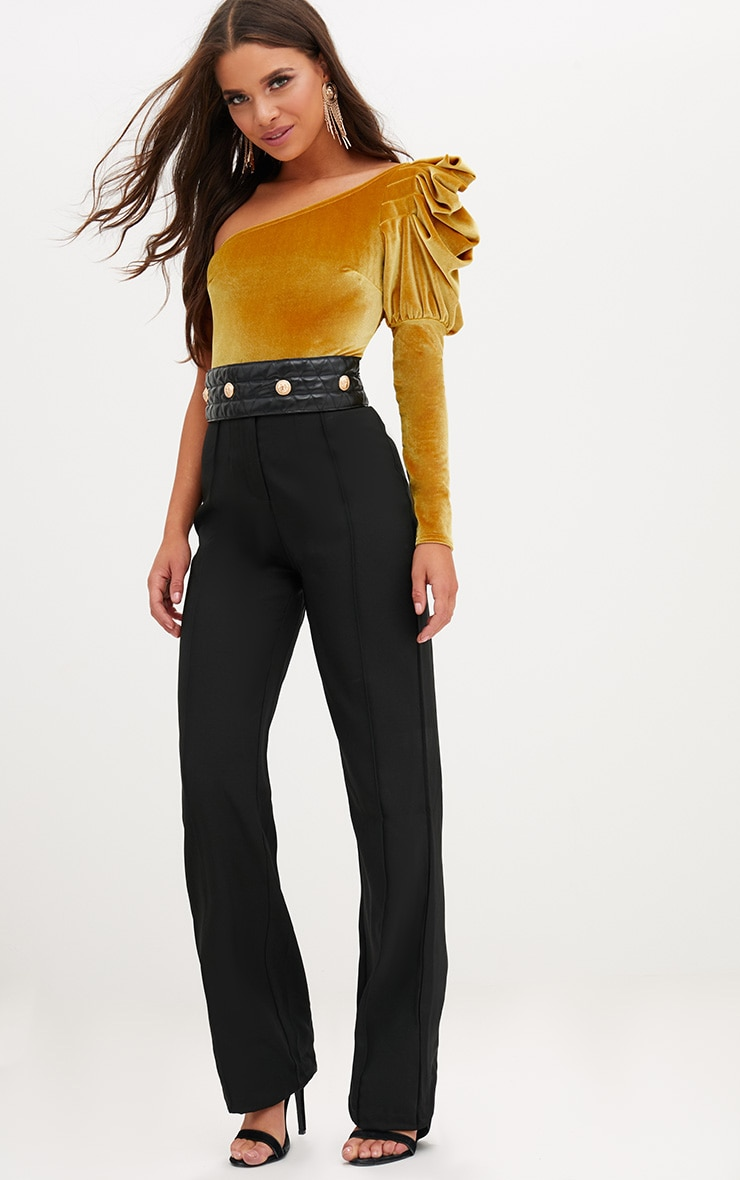 Black Quilted Gold Studded Belt 3