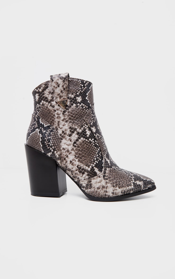 Snake Western Detail Ankle Boot 3