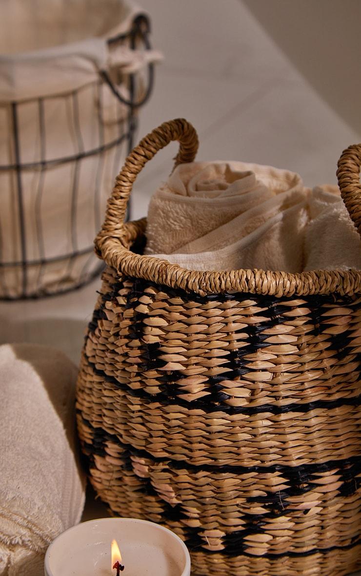 Seagrass Zig Zag Basket 1