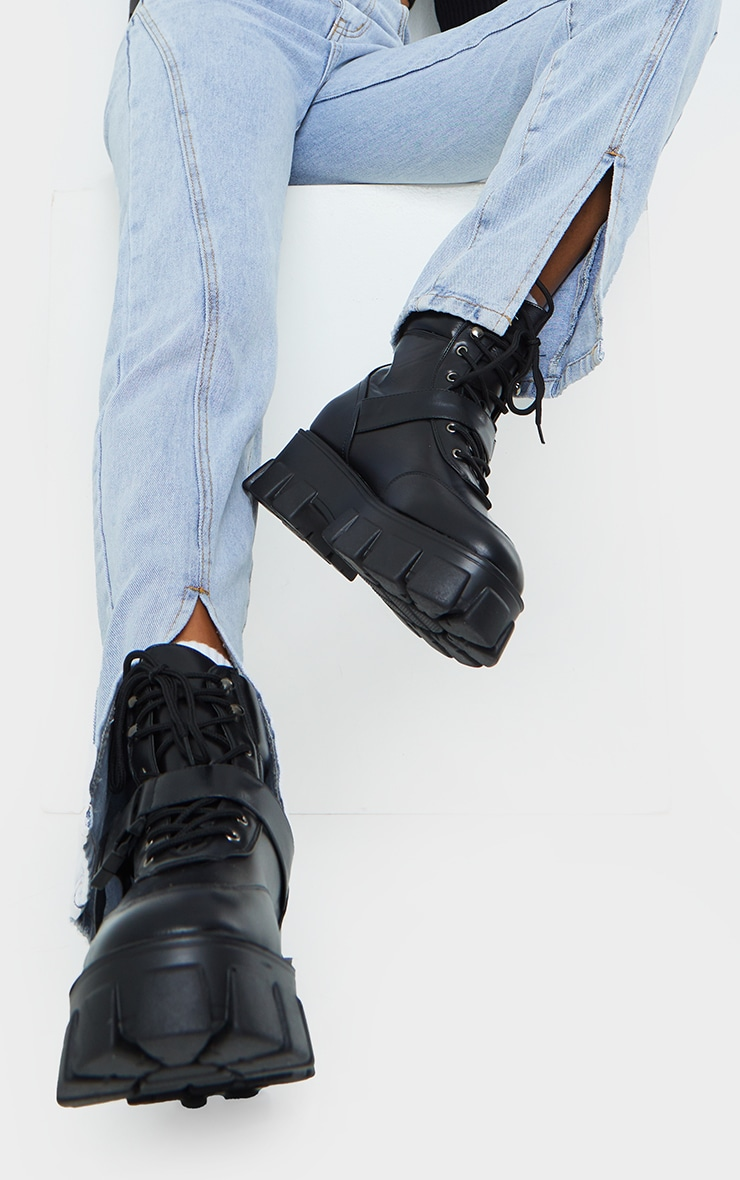 Black Extreme Chunky Sole Buckle Clasp Hiker Boots