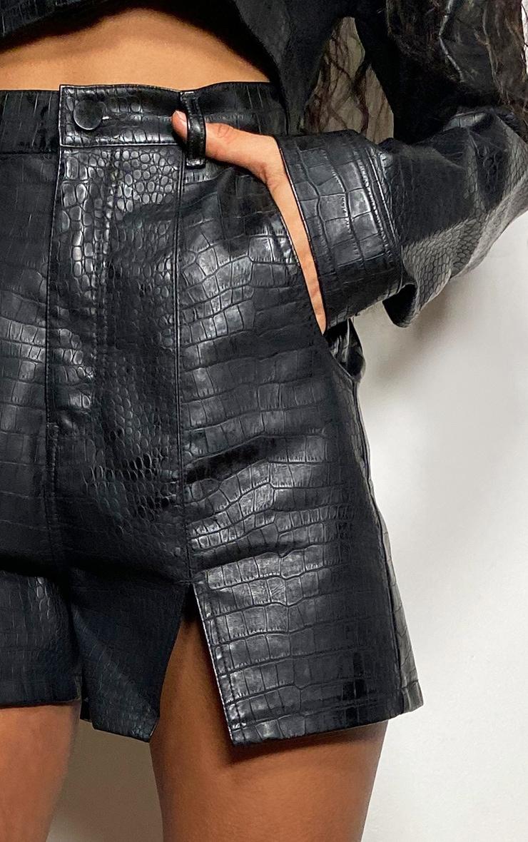 Short noir en similicuir effet croco à ourlet fendu 4