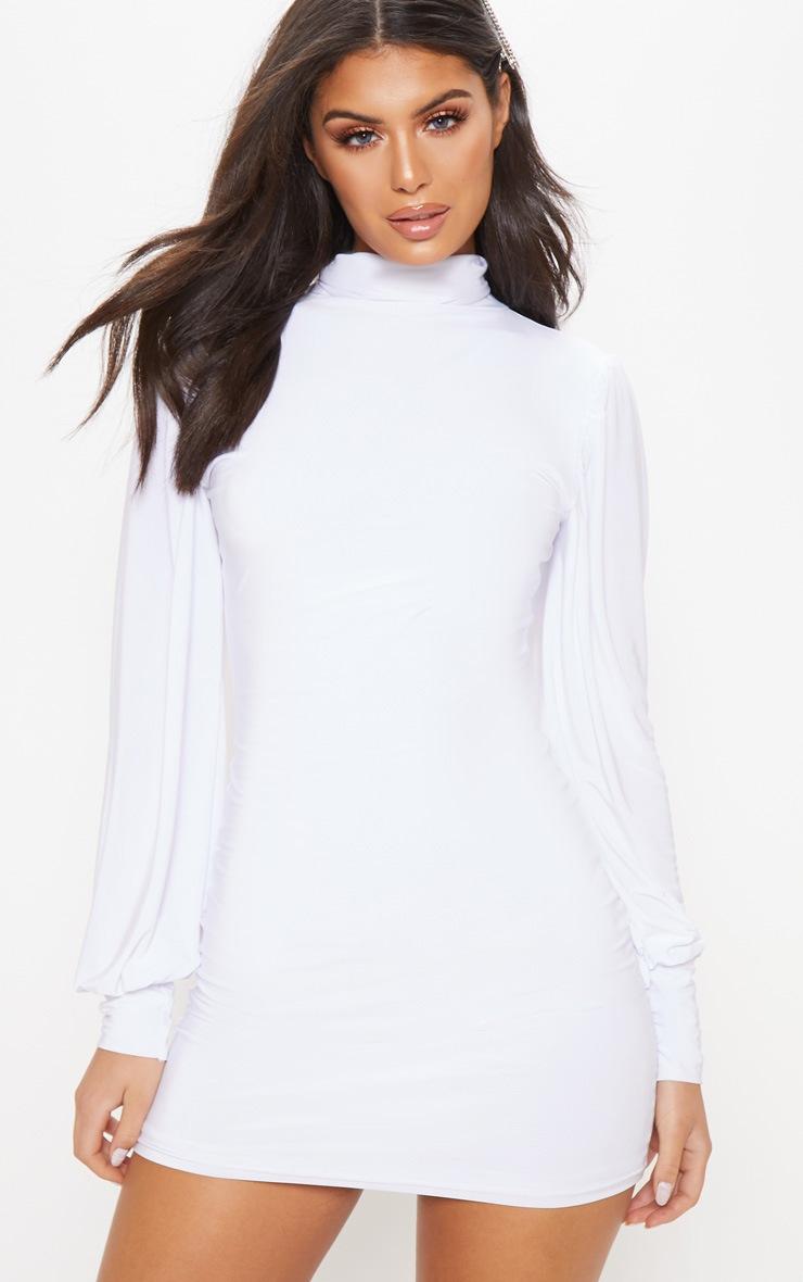 7547d8cebd5 Robe moulante blanche côtelée manches longues et col montant image 1