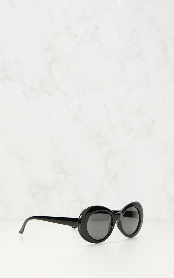 Black Retro Sunglasses 3