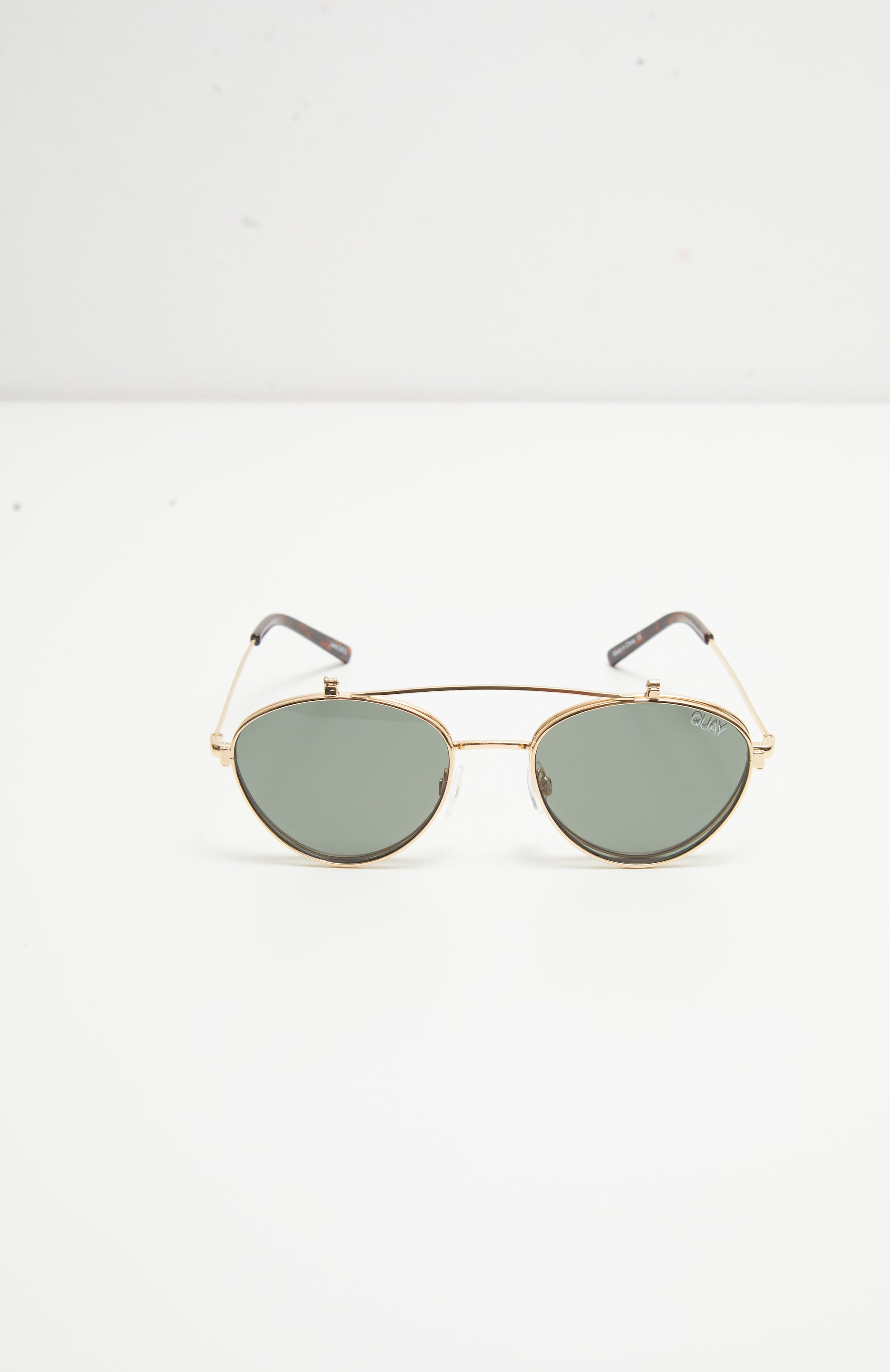 QUAY AUSTRALIA X Elle Ferguson Collaboration Green Elle Sunglasses 2