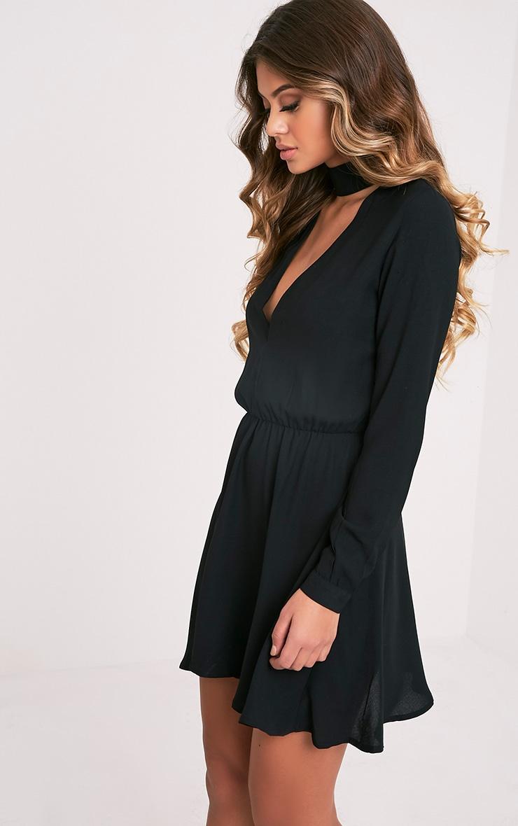 Helena robe trapèze ras du cou noire 4