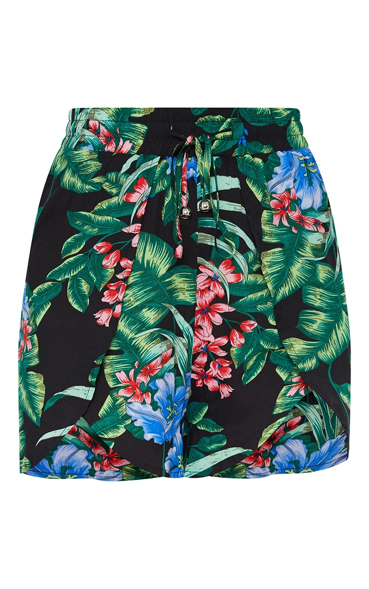 Petite Black Floral Floaty Shorts 3