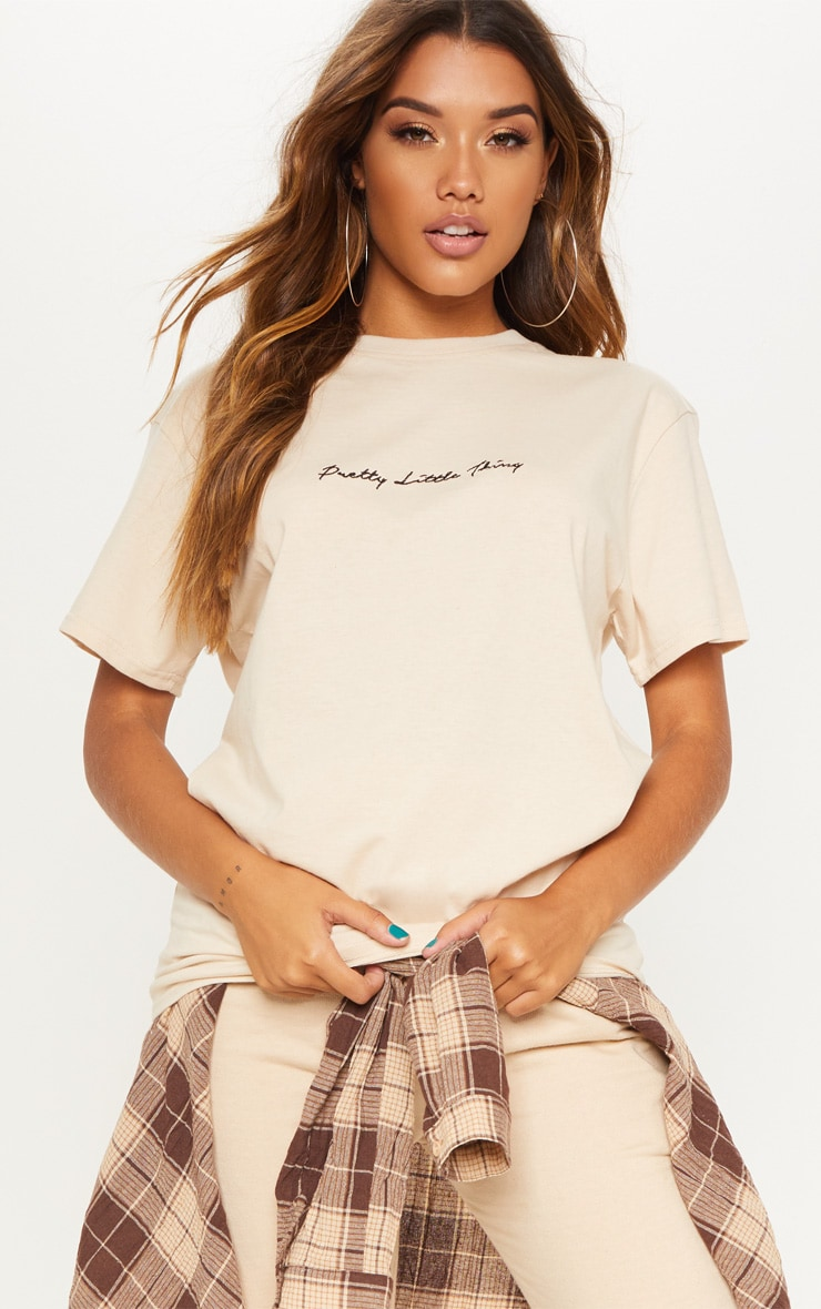 PRETTYLITTLETHING Cream Oversized T Shirt 1