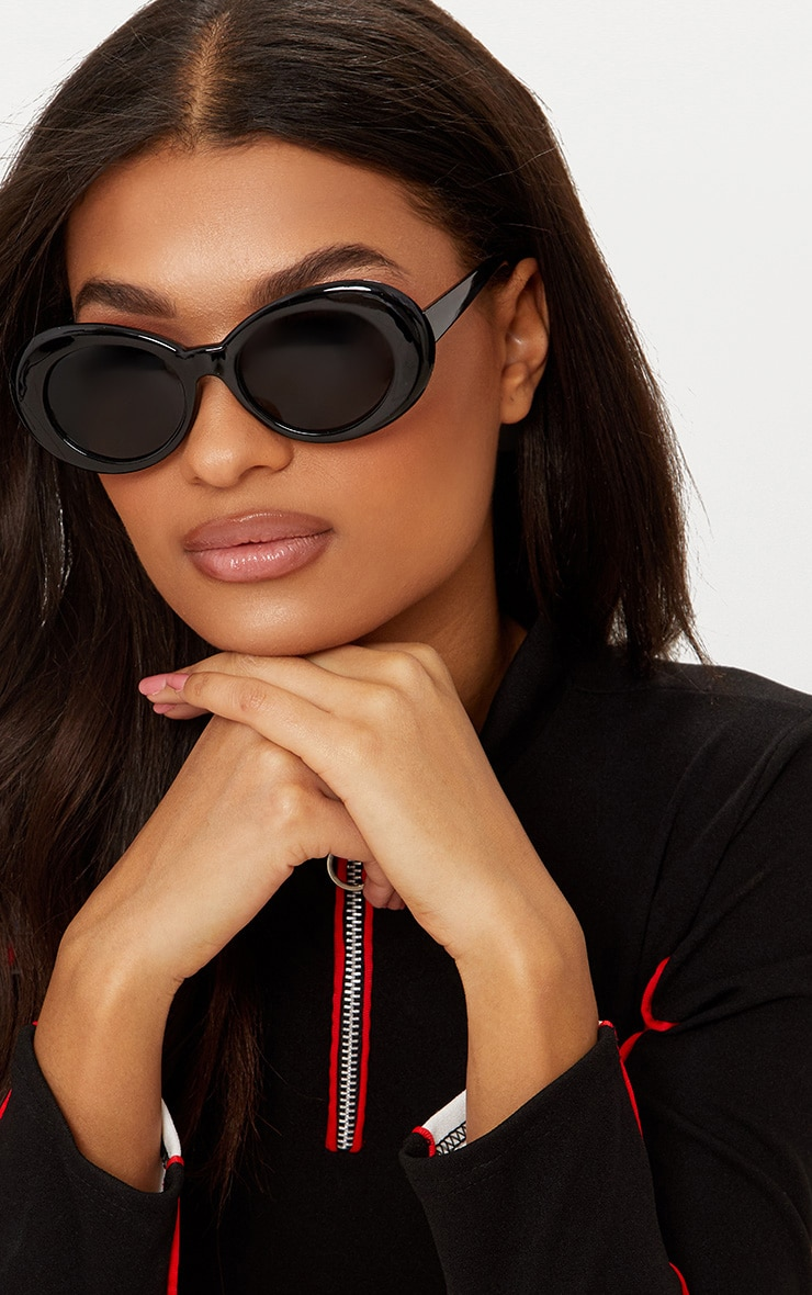 Black Retro Sunglasses 1