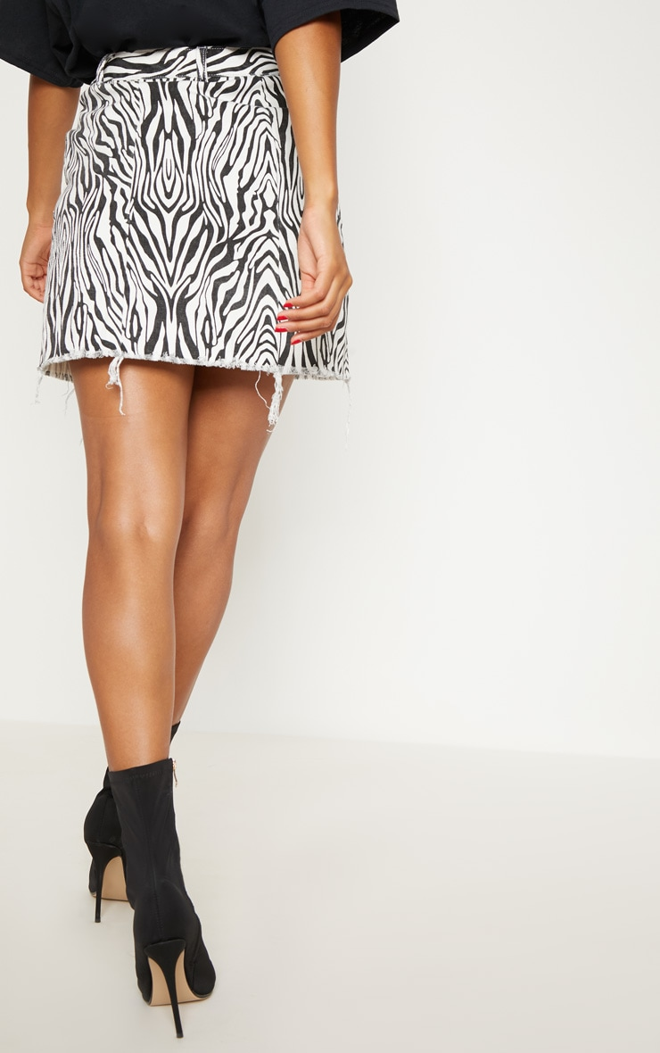 Monochrome Basic Zebra Print Denim Skirt 2