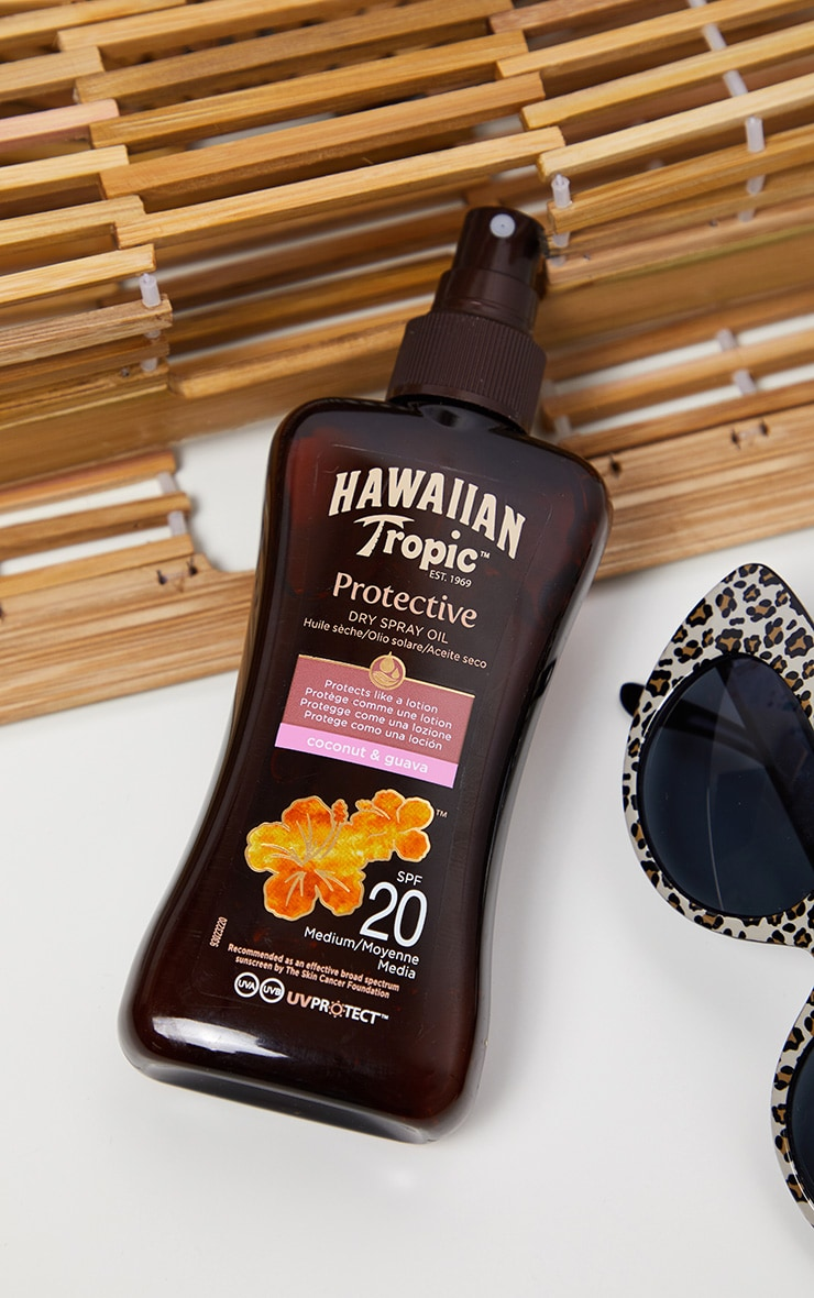 Hawaiian Tropic Protective Dry Spray Oil SPF 20 1