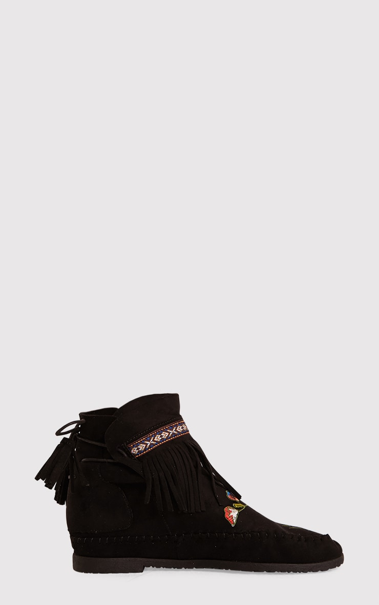 Saz Black Embroidered Fringed Boots 2