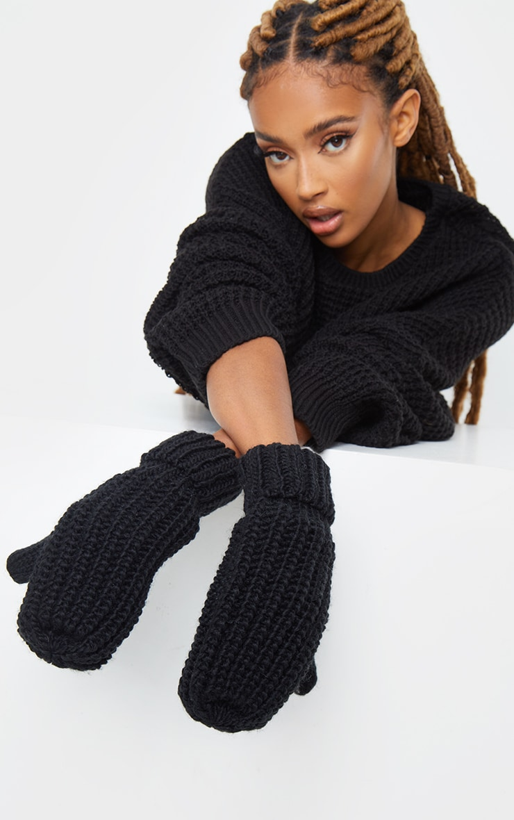 Black Knitted Mittens 1