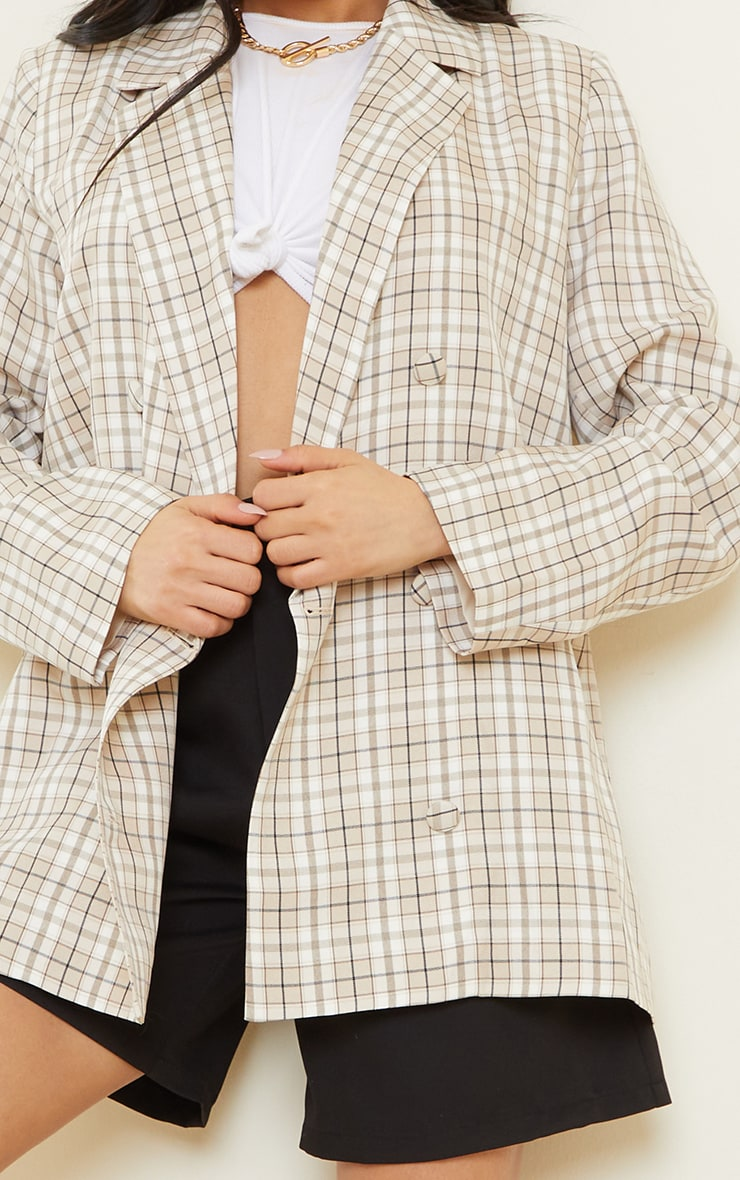 Stone Checked Woven Triple Breasted Oversized Blazer 4