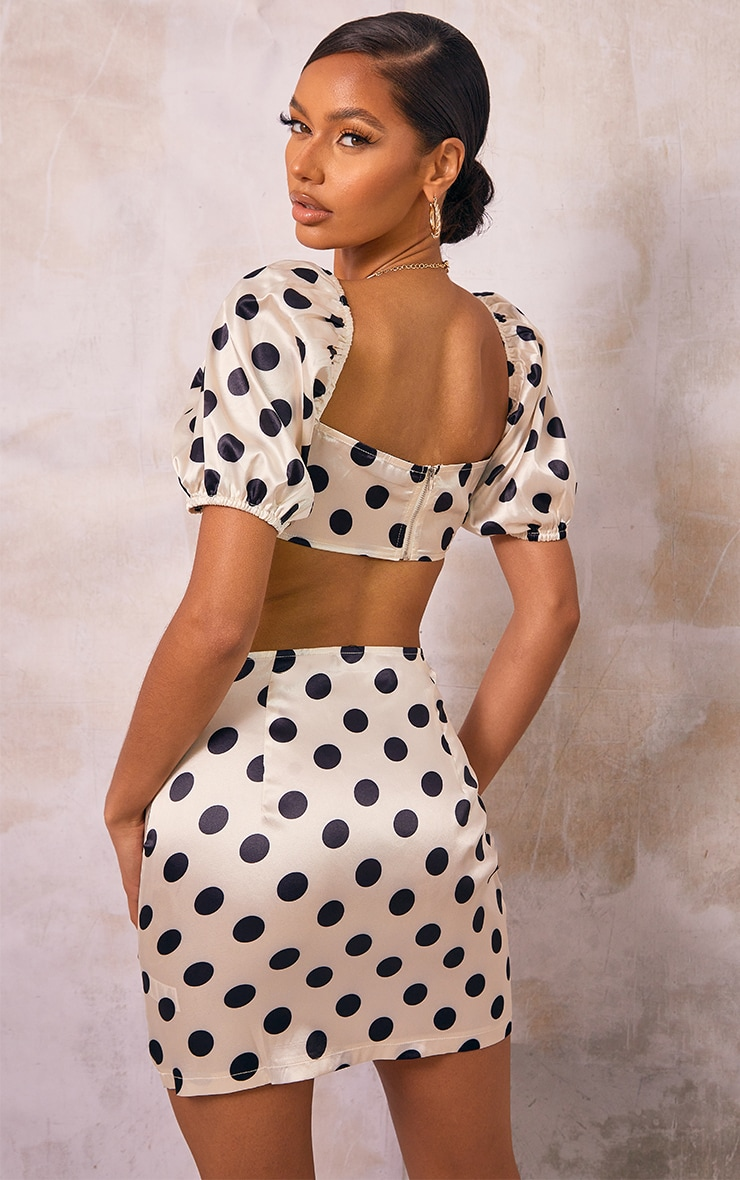 Stone Polka Dot Printed Satin Ruched Tie Front Puff Sleeve Crop Top 2