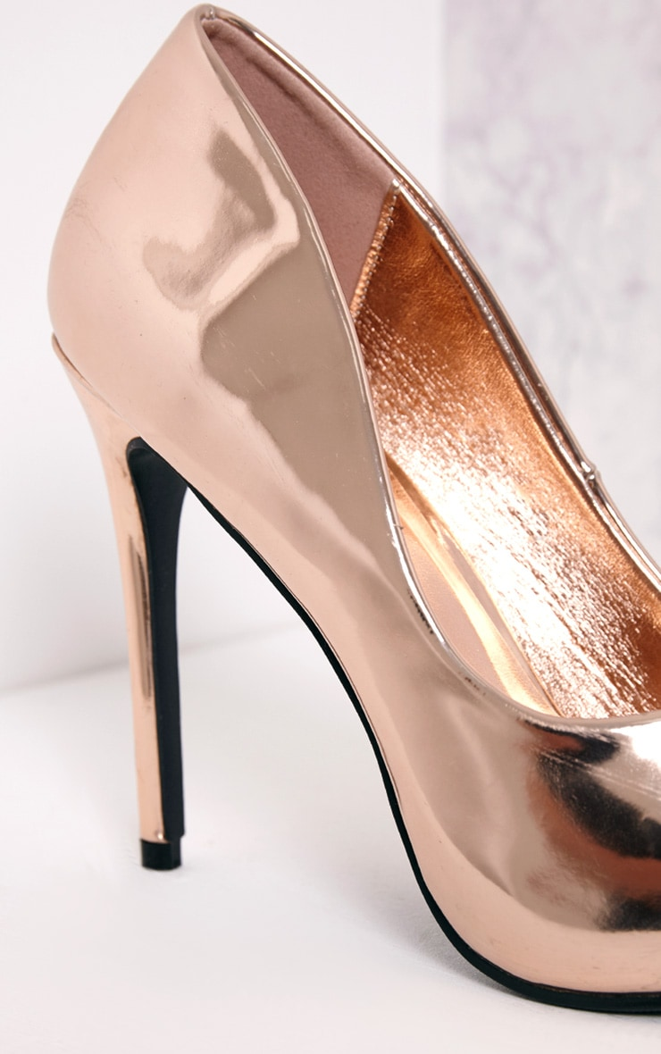 Deena Rose Gold Metallic Patent Court Shoes 5